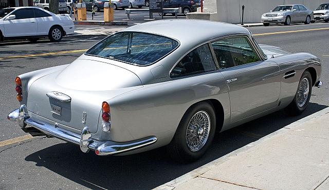 [Image: AM_DB5_rear.jpg?m=1575380593]